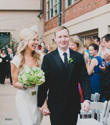 Rooftop weddings make everyone feel happy!