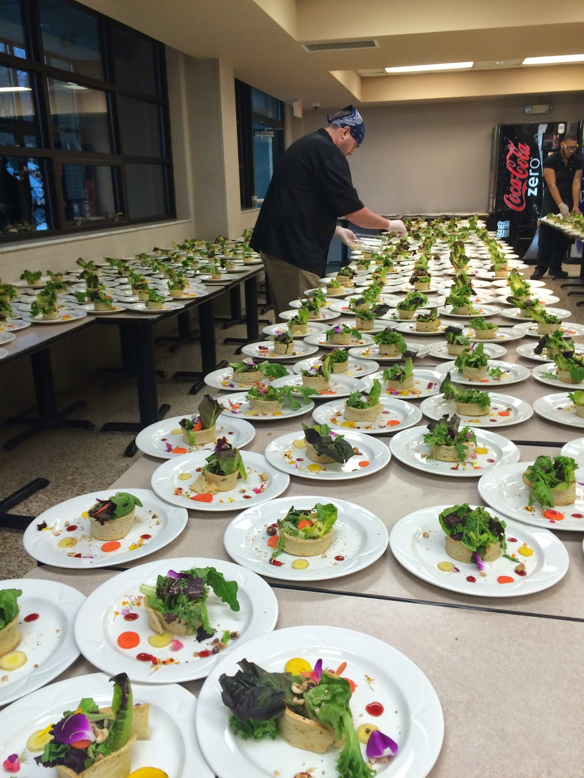 catering high school and caterer High school theme lunch : royal catering is an approved caterer for most dallas/fort worth area school districts our special discounted school catering menu packages include everything for a successful and memorable event.